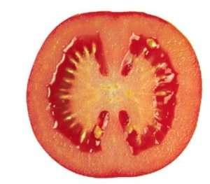 Если вы решительно настроены выращивать на своей земле именно высокорослые томаты, позаботились о надежной опоре для них, не боитесь постоянного пасынкования и в вашем регионе не слишком короткое лето, спешим помочь вам с выбором.