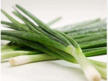 Мы уверенны — у вас получится хорошо справиться c поставленной задачей - получение полезного и ароматного пера лука.
