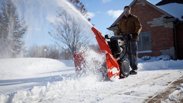 Как выбрать снегоуборочную машину