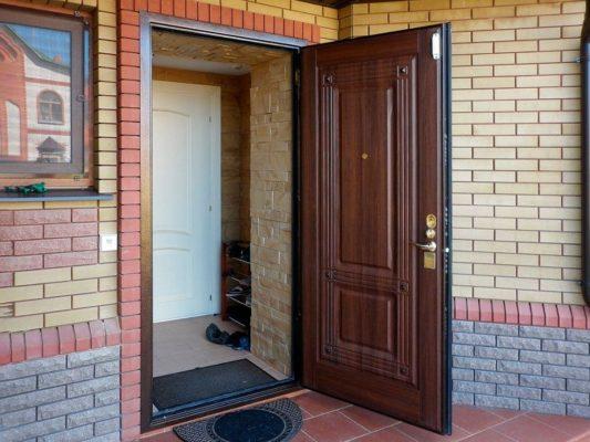 Как правильно выбрать входную дверь в дом? Рекомендации специалистов